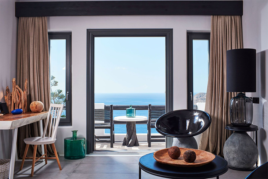 the king of villas rental mykonos luxury suites